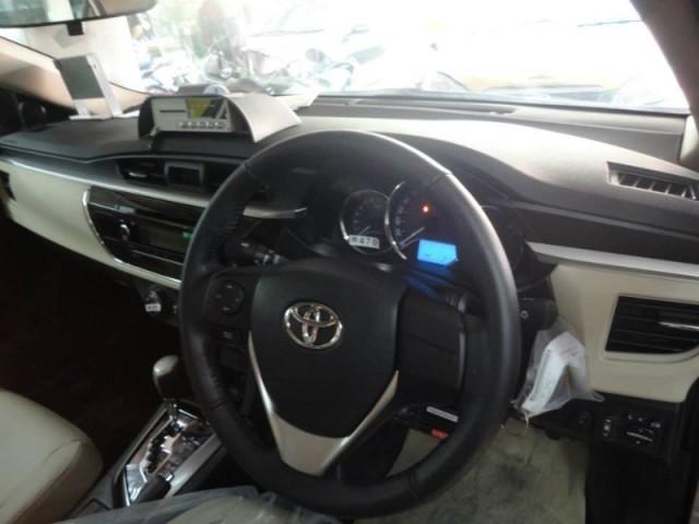 taxi toyota new altis